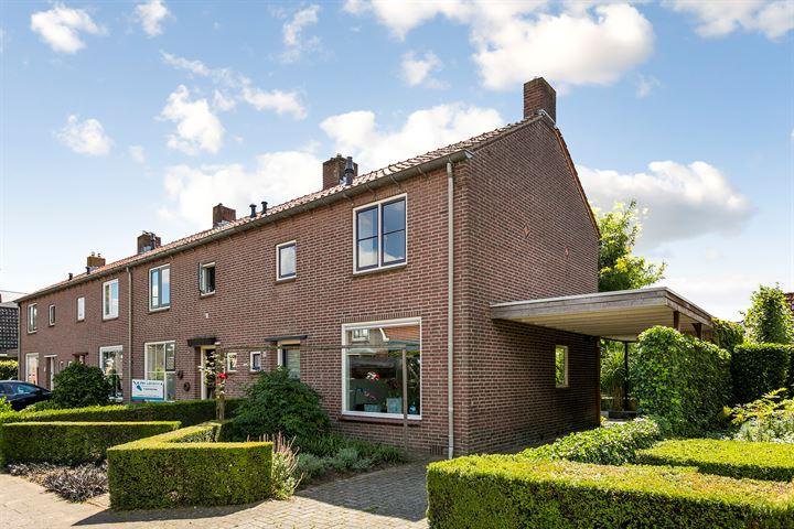 Oosterkerkstraat 13