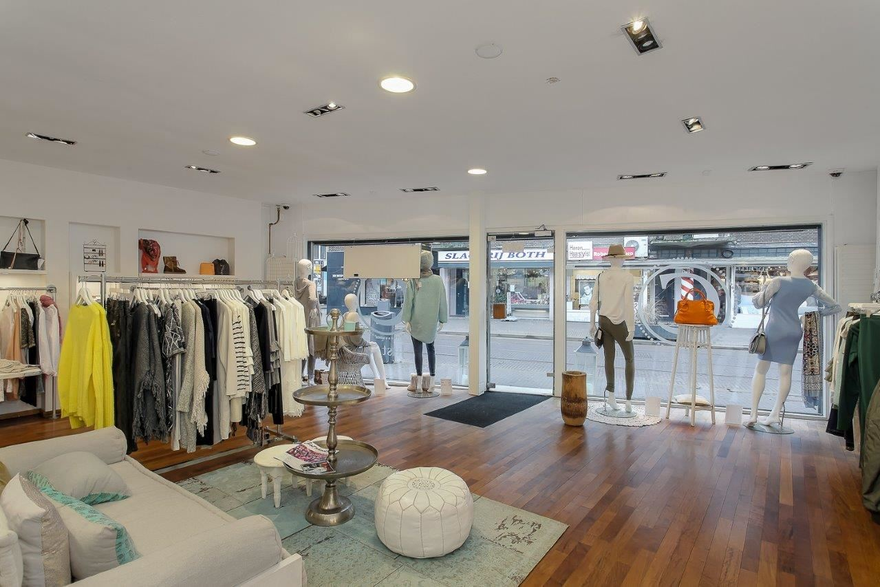 Bekijk foto 3 van Bergse Dorpsstraat 86