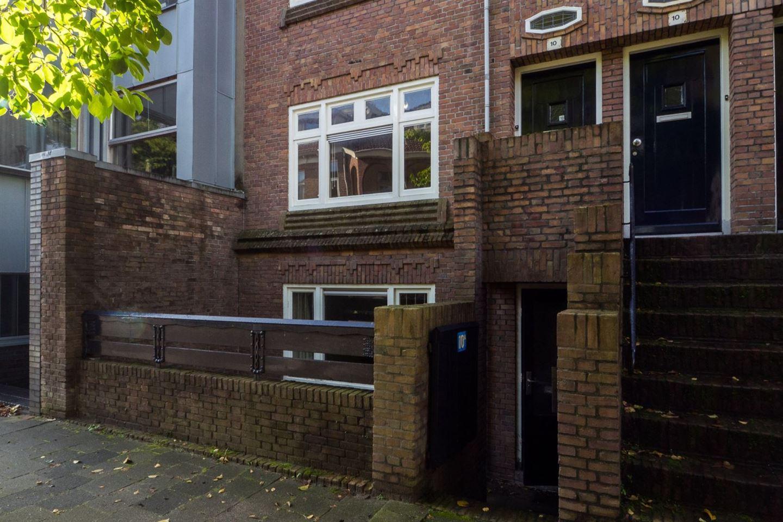Bekijk foto 3 van Admiraal van Gentstraat 10