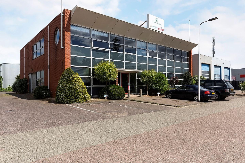 Bekijk foto 1 van Van der Giessenweg 40