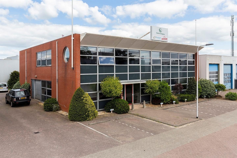 Bekijk foto 4 van Van der Giessenweg 40