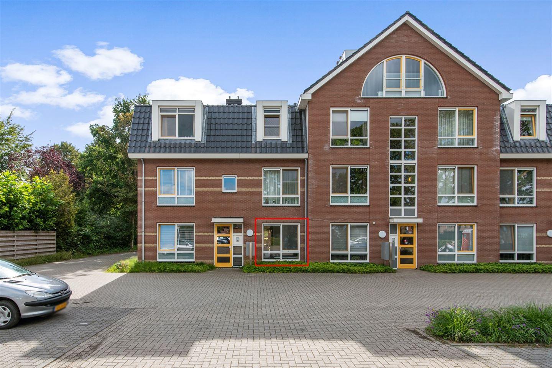 Bekijk foto 2 van Van Wijnbergenlaan 8 A