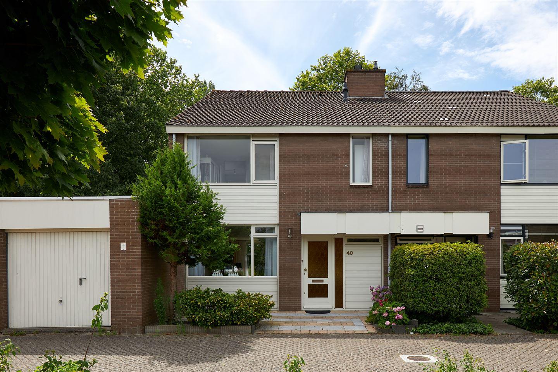 Bekijk foto 1 van Helmhof 40