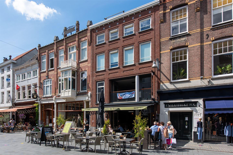 Bekijk foto 2 van Veemarktstraat 9 b