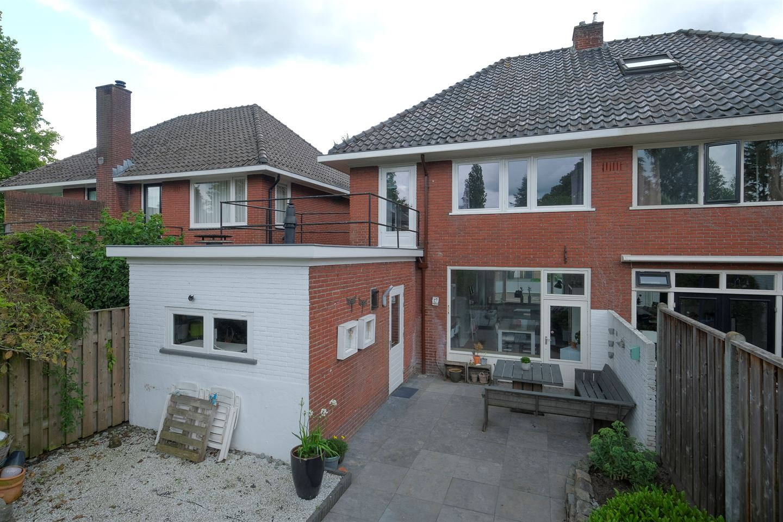 Bekijk foto 2 van IJsselstraat 16