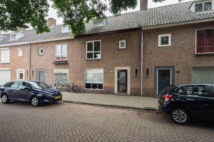 Danie Theronstraat 12