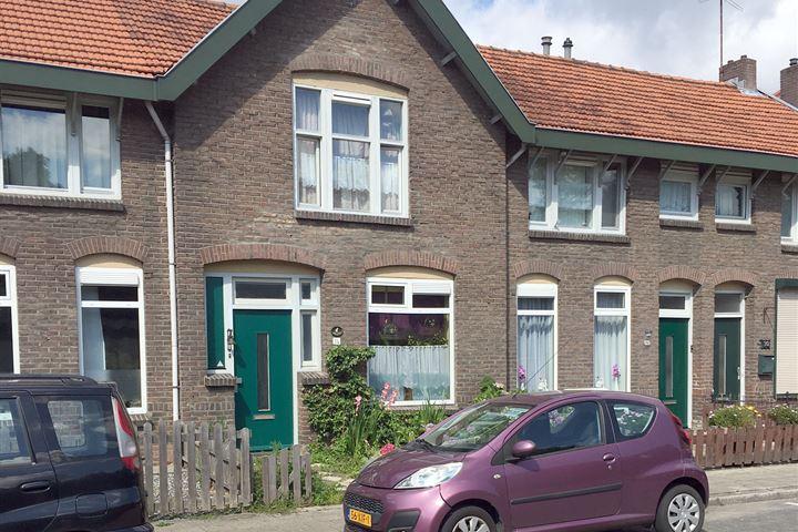 Spoorstraat 34