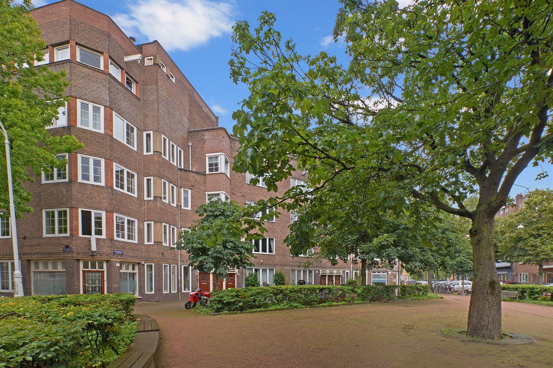 Bekijk foto 1 van Waalstraat 16 1