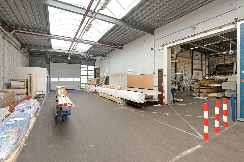 Bekijk foto 2 van Delftweg 70