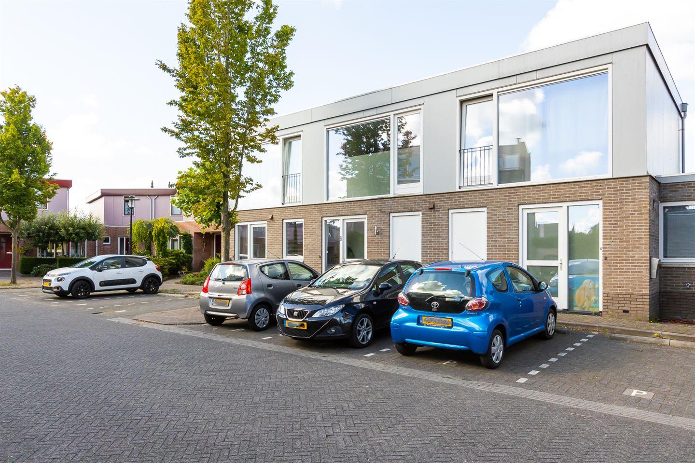 Bekijk foto 2 van Opaalstraat 8