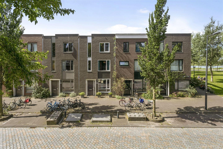 Bekijk foto 1 van Jan Vrijmanstraat 46