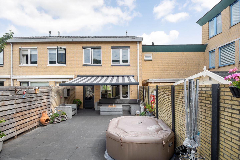 Bekijk foto 2 van Martinus Nijhoffstraat 79