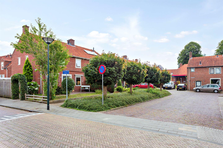 Bekijk foto 3 van Eikenstraat 33