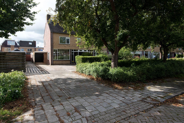 View photo 2 of Hendrik Lofversstraat 2
