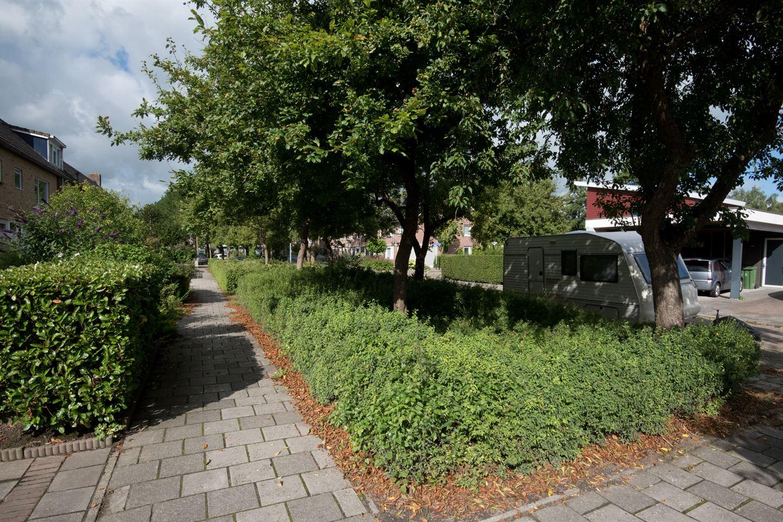 View photo 3 of Hendrik Lofversstraat 2