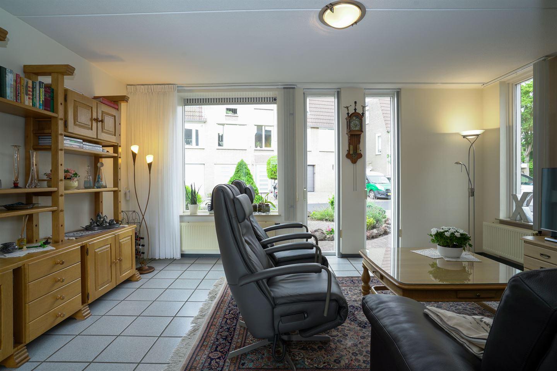 Bekijk foto 4 van Dokter Delissenstraat 3