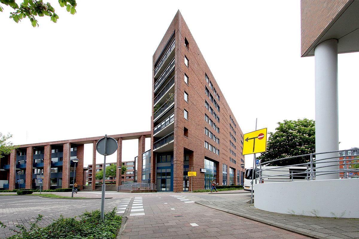 Bekijk foto 1 van Stationsstraat 12