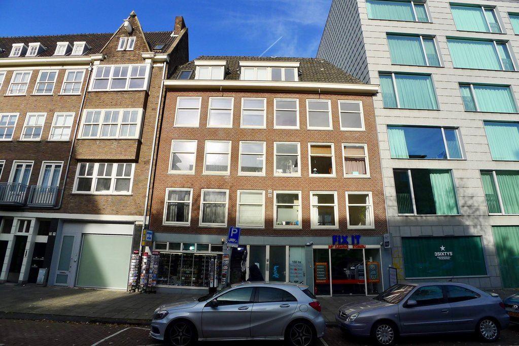 Bekijk foto 1 van Valkenburgerstraat 150 IV