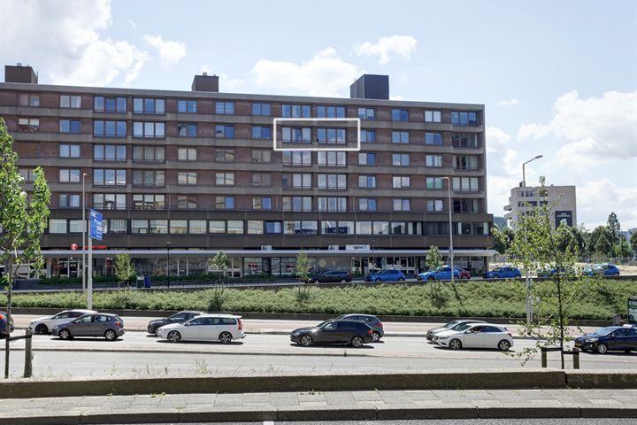 Burg. Hustinxstraat 52