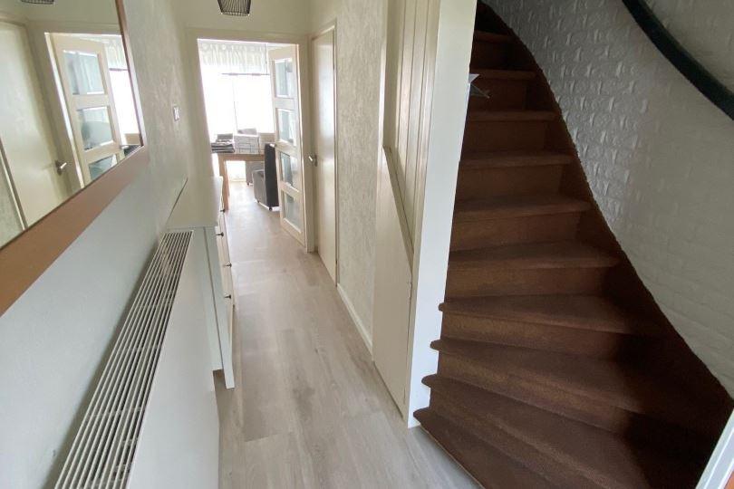 Bekijk foto 3 van Esdoornstraat 34