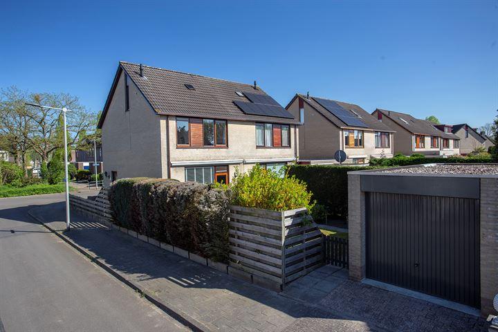 Limburgsingel 28