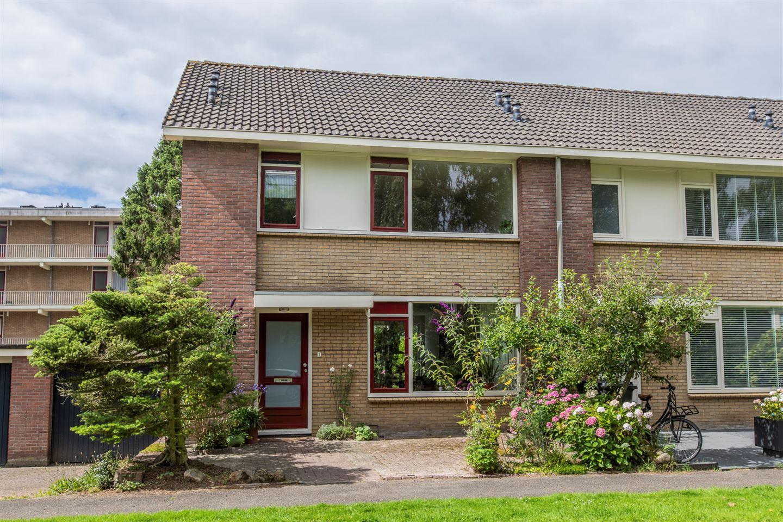 View photo 1 of Bilderdijklaan 2