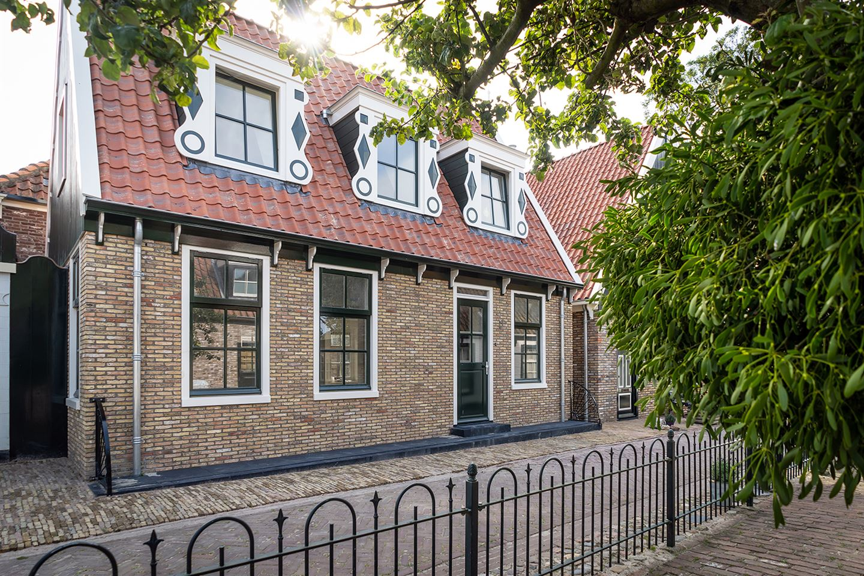 View photo 2 of Wierstraat 1
