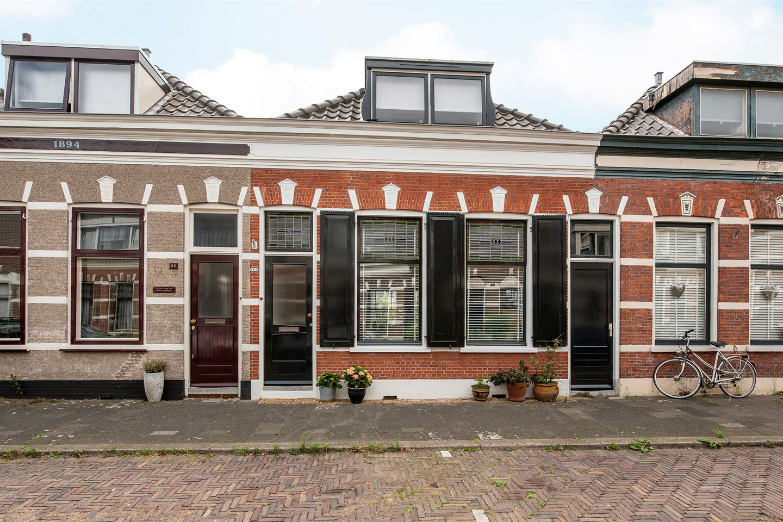 Bekijk foto 2 van Arnold Hoogvlietstraat 64