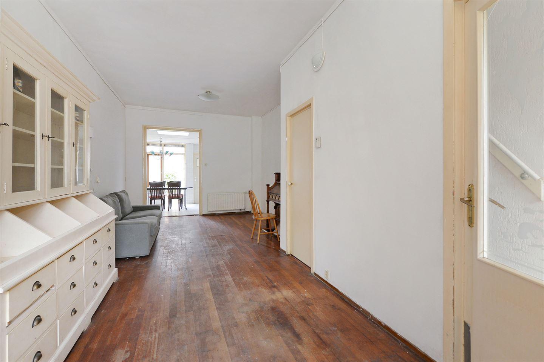 Bekijk foto 3 van Van Bronckhorststraat 8