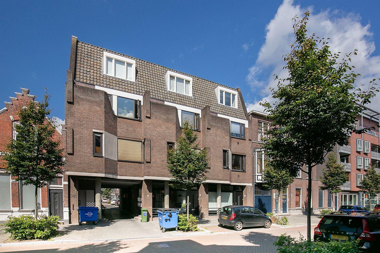 Bekijk foto 1 van Meerten Verhoffstraat 11 D 10