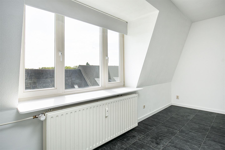 Bekijk foto 4 van Meerten Verhoffstraat 11 D 10