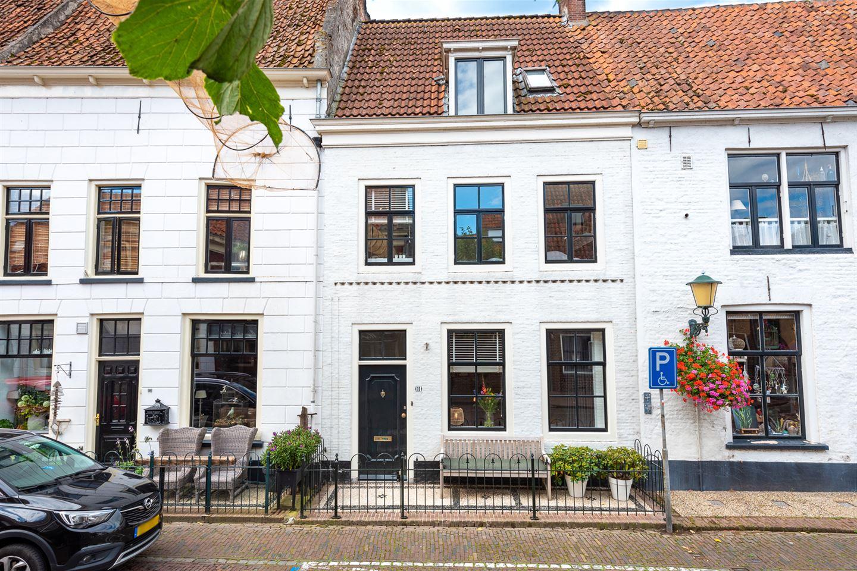 Bekijk foto 1 van van Kinsbergenstraat 11