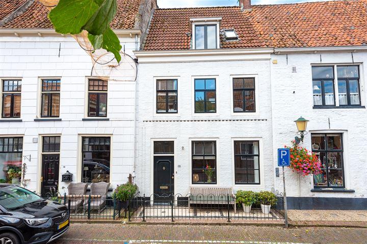 van Kinsbergenstraat 11