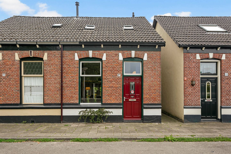 Bekijk foto 1 van Hopstraat 27
