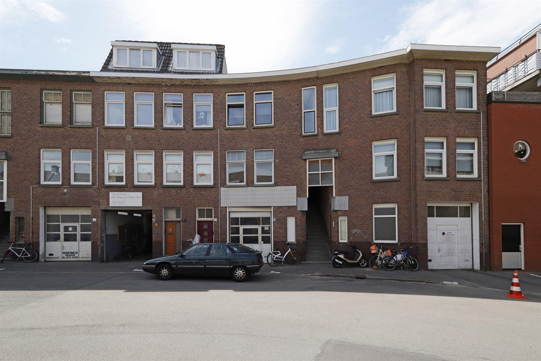 Bekijk foto 3 van Korbootstraat 1 c