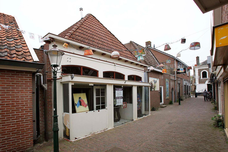 Bekijk foto 1 van Kerkstraat 6 .