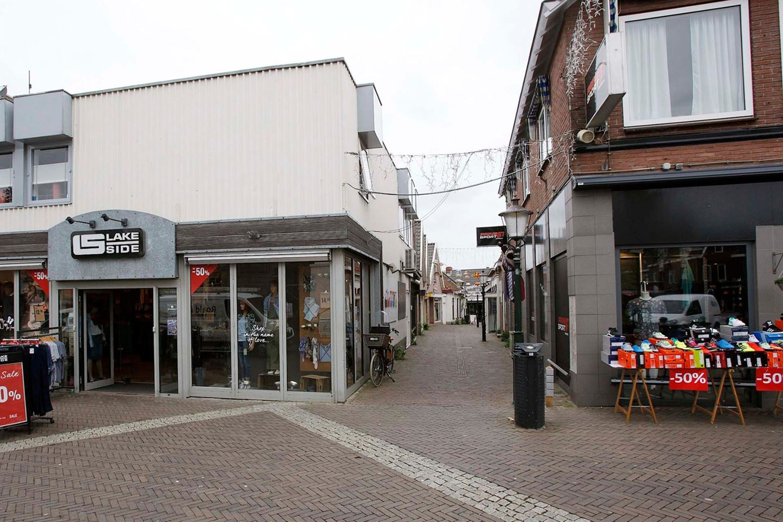 Bekijk foto 2 van Kerkstraat 6 .