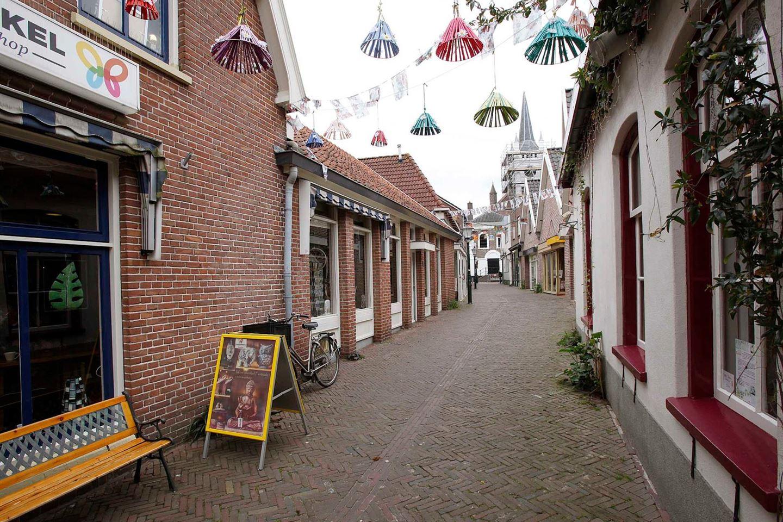 Bekijk foto 4 van Kerkstraat 6 .