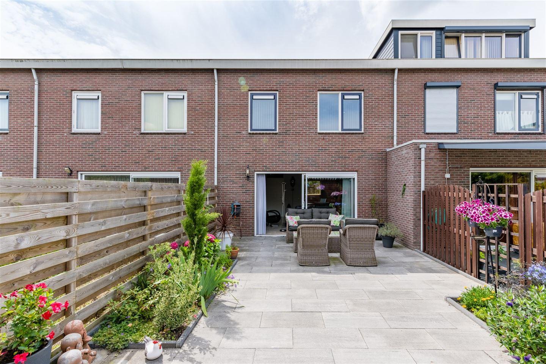 Bekijk foto 4 van A. Roland Holststraat 51