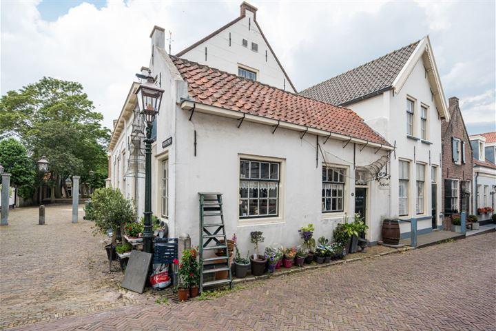 Kerkstraat 9, Goedereede