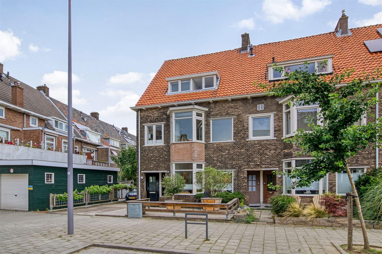 View photo 1 of Akkerwindestraat 2 b