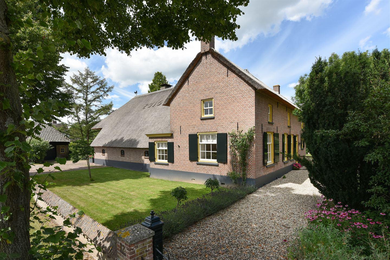 View photo 1 of Hogeweg 12