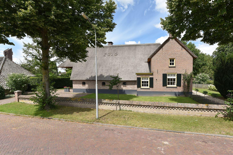 View photo 4 of Hogeweg 12
