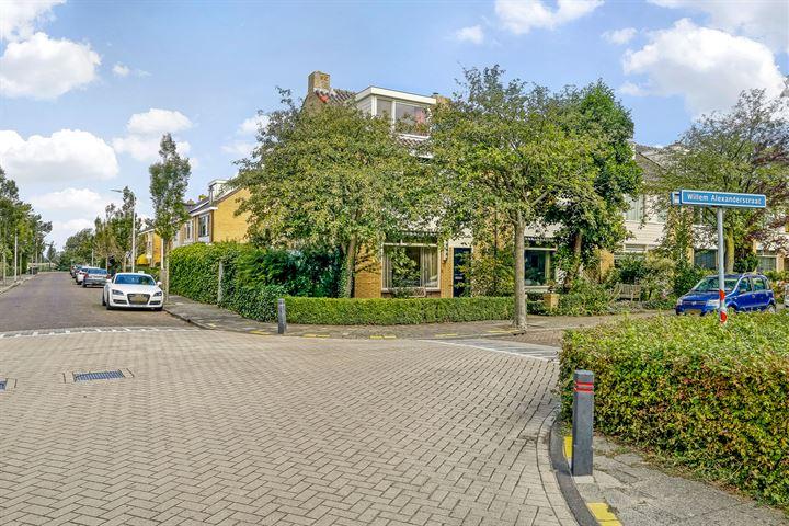 Willem-Alexanderstraat 30