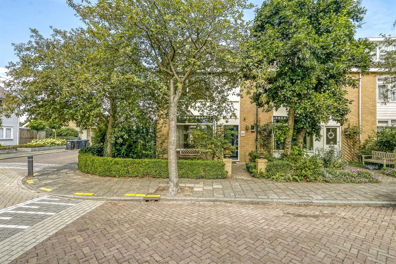 Bekijk foto 2 van Willem-Alexanderstraat 30