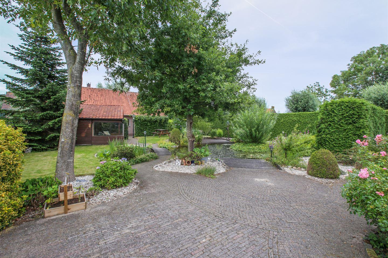 Bekijk foto 2 van Lopikerweg west 32