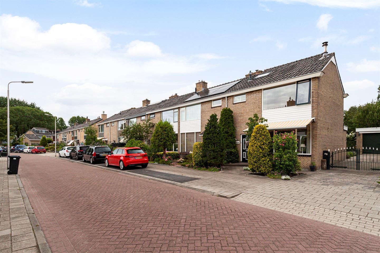 Bekijk foto 1 van Willem-Alexanderlaan 14