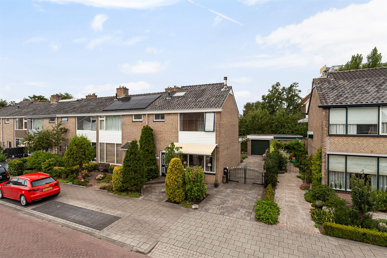 Bekijk foto 2 van Willem-Alexanderlaan 14