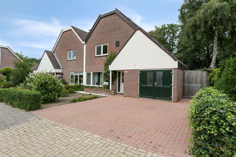 Bekijk foto 1 van Pieter Langendijkstraat 50