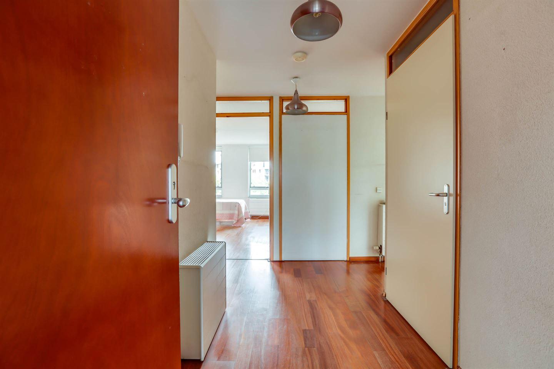 Bekijk foto 3 van Van Esveldstraat 199
